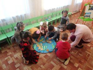 Открытое занятие с детьми подготовительной группы «Нет в мире краше Родины нашей»